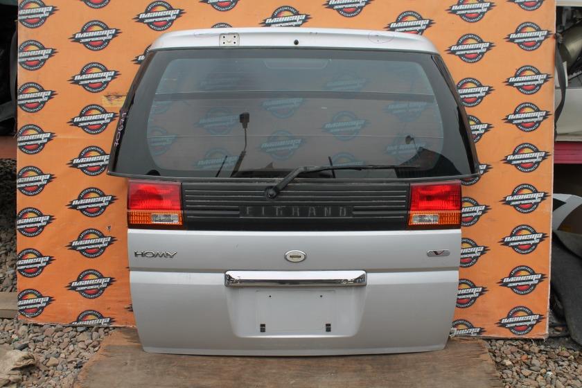 Дверь 5-я Nissan Elgrand E50 задняя (б/у)