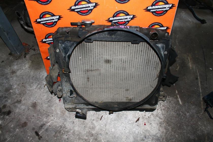 Радиатор основной Nissan Atlas F23 TD25 (б/у)