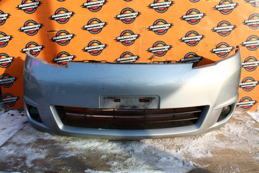 Бампер Nissan Serena C25 передний (б/у)