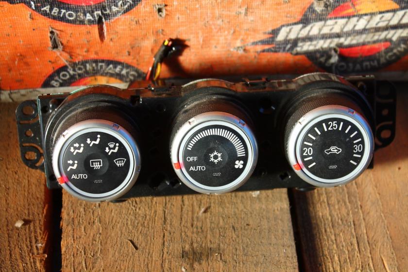 Климат-контроль Mitsubishi Outlander CW6W (б/у)