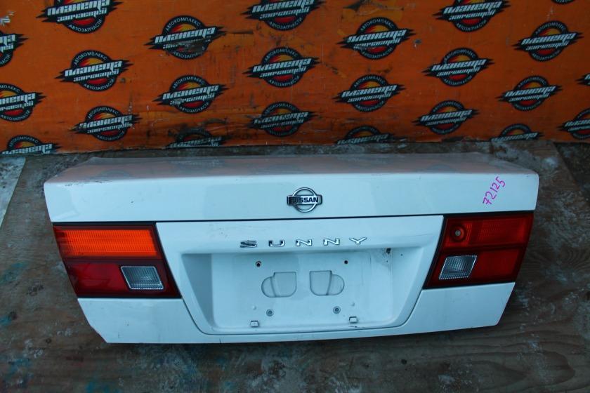 Крышка багажника Nissan Sunny FB14 задняя (б/у)