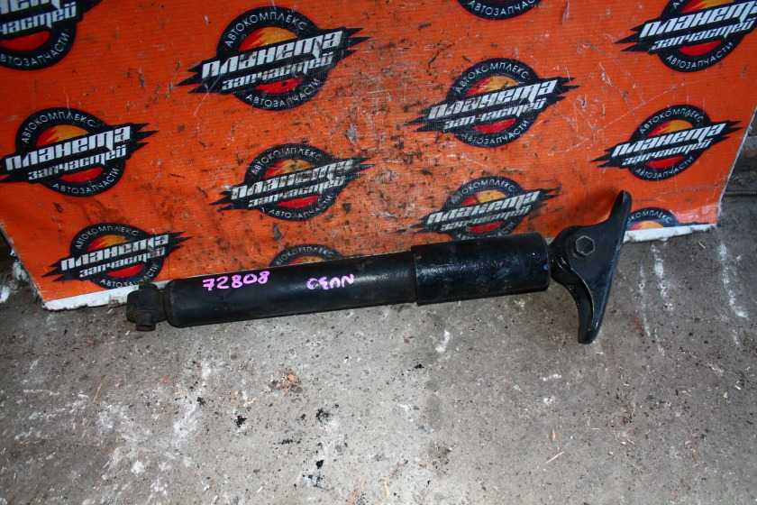 Амортизатор Nissan Presage NU30 KA24 задний (б/у)
