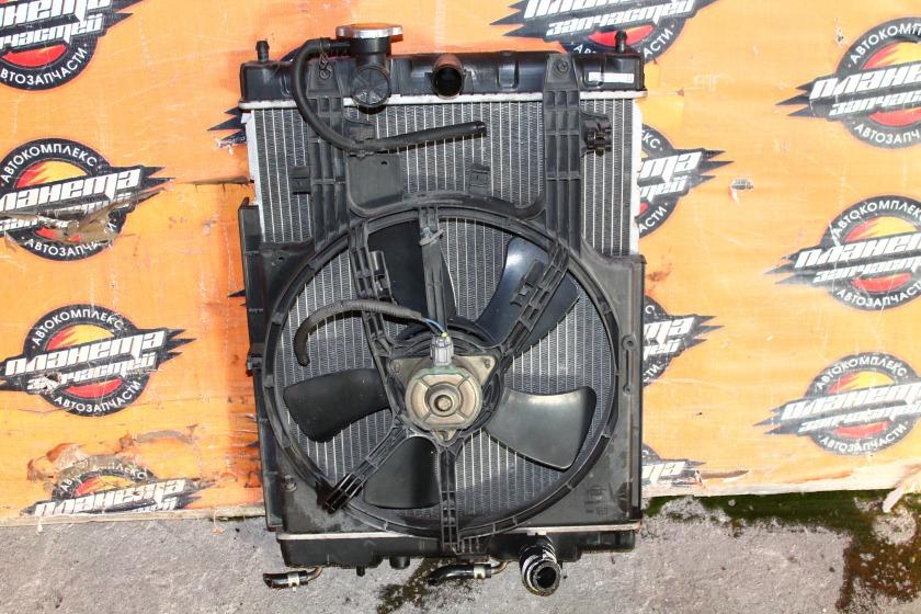 Радиатор основной Nissan Cube AZ10 CGA3 (б/у)