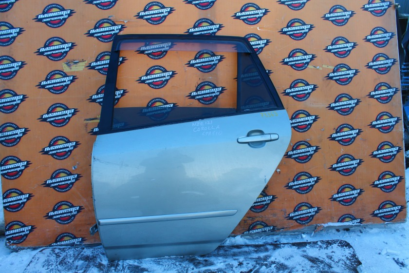 Дверь Toyota Corolla Spacio NZE121 задняя левая (б/у)