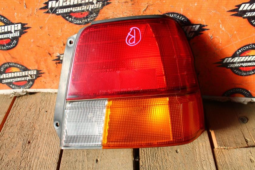 Стоп-сигнал Toyota Tercel EL51 4EFE задний правый (б/у)