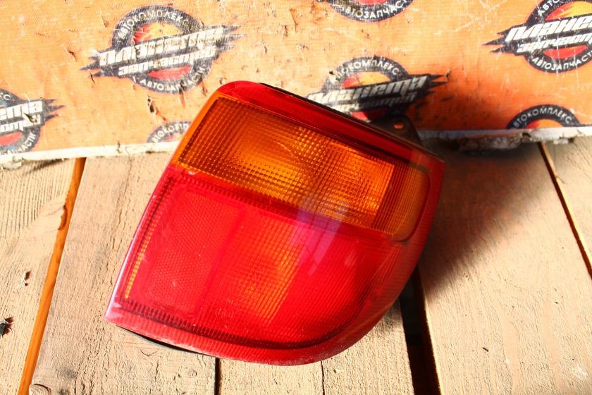 Стоп-сигнал Toyota Caldina ST190 задний правый (б/у)