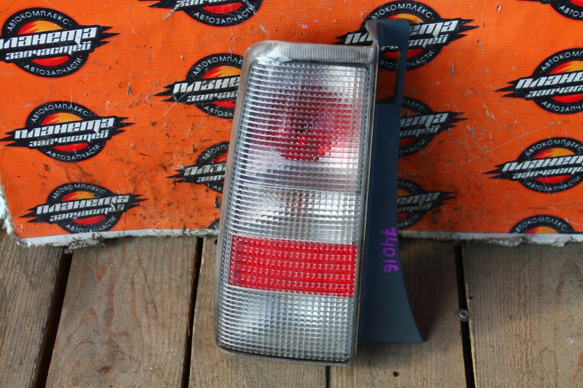 Стоп-сигнал Toyota Bb NCP31 задний левый (б/у)