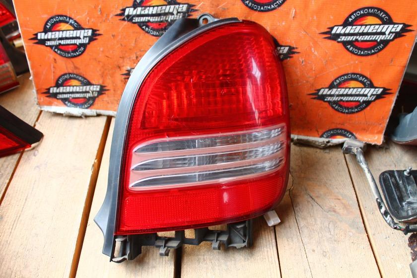 Стоп-сигнал Toyota Corolla Spacio AE111 задний правый (б/у)