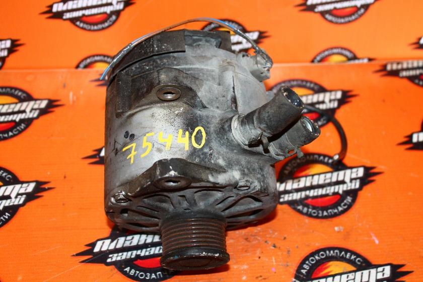 Генератор Nissan Tiida Latio NC11 HR15DE (б/у)