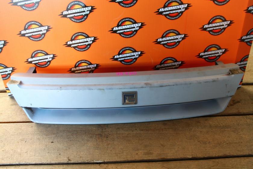 Решетка радиатора Nissan Cube AZ10 передняя (б/у)