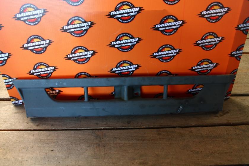 Решетка радиатора Toyota Dyna BU147 передняя (б/у)