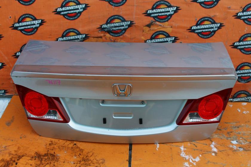 Крышка багажника Honda Civic FD3 задняя (б/у)