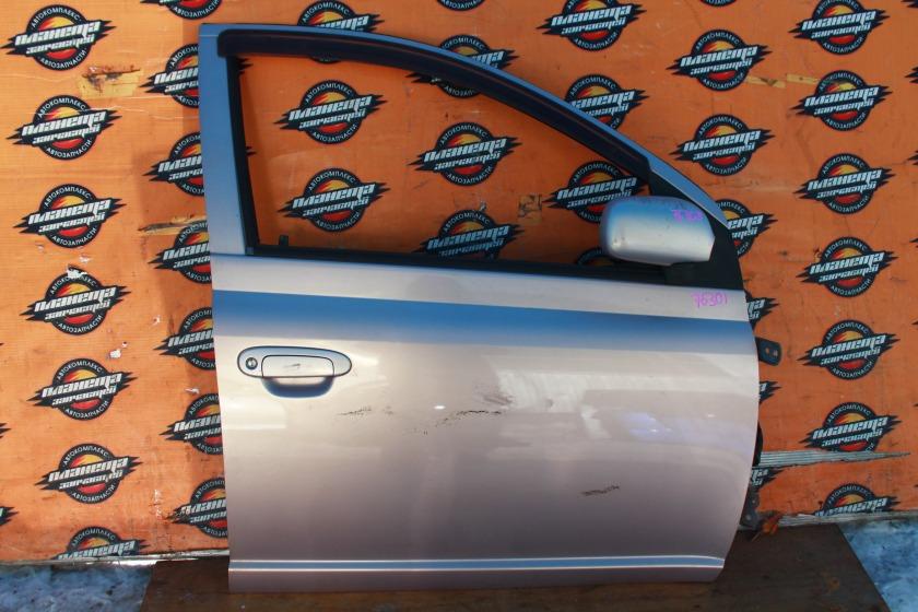 Дверь боковая Toyota Vitz SCP10 передняя правая (б/у)