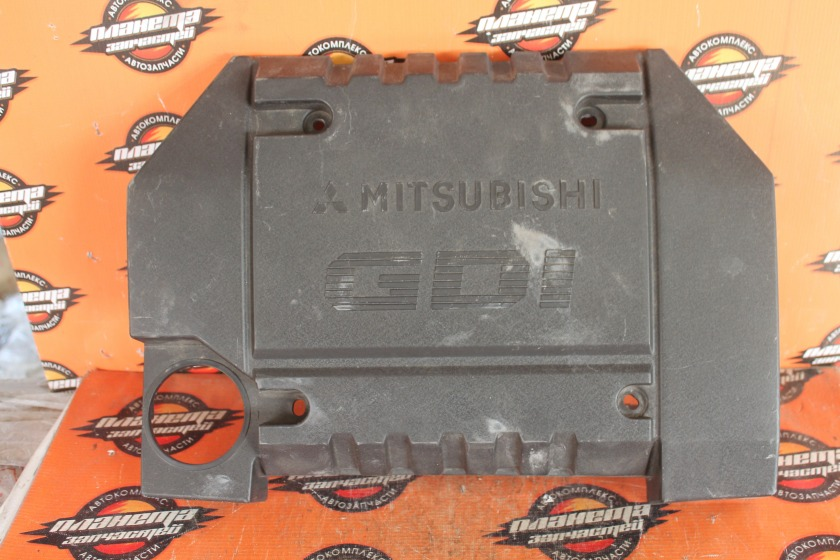 Крышка двигателя Mitsubishi Colt Z27A 4G15 передняя (б/у)