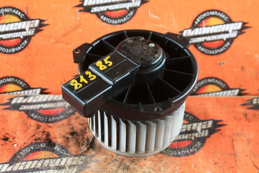 Мотор печки Toyota Passo KGC10 1KR-FE передний (б/у)
