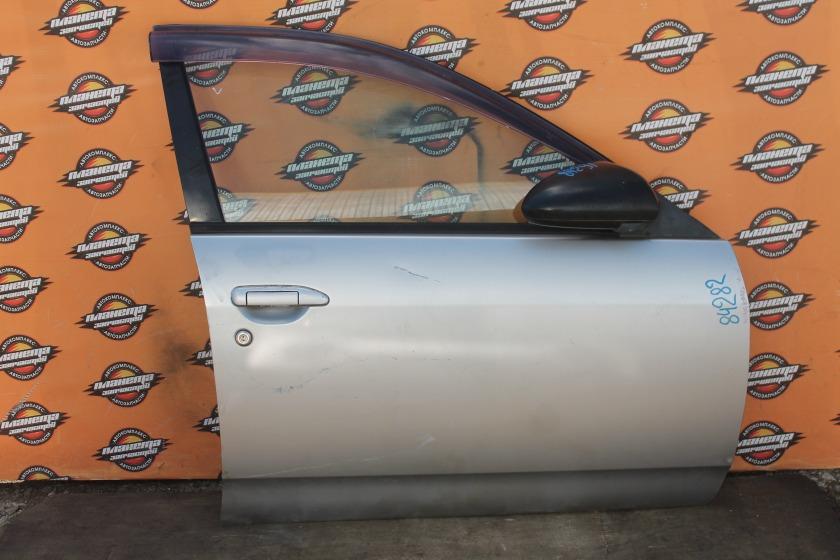 Дверь боковая Nissan Wingroad Y11 передняя правая (б/у)
