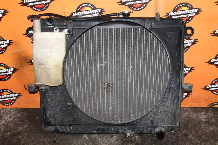 Радиатор основной Toyota Land Cruiser HDJ101K 1HD-FTE (б/у)