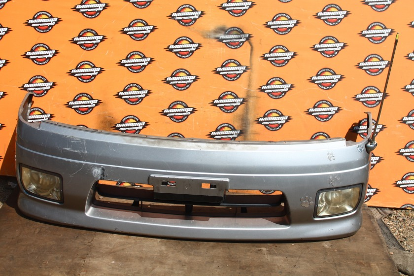 Бампер Nissan Serena TC24 передний (б/у)