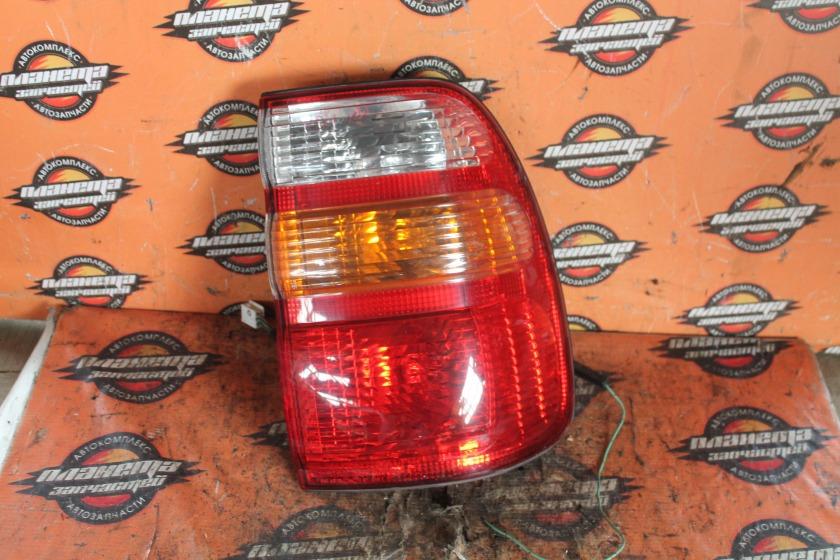 Стоп-сигнал Toyota Land Cruiser HDJ101 задний правый (б/у)