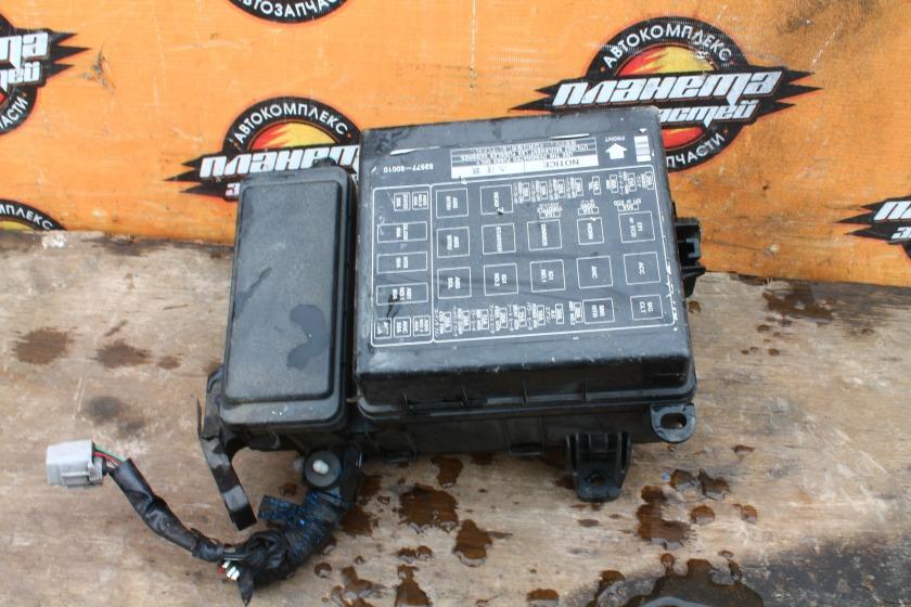 Блок предохранителей Toyota Land Cruiser HDJ101K 1HD-FTE (б/у)