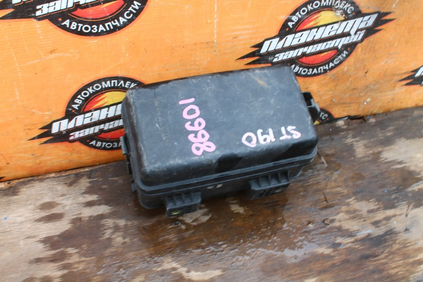 Блок предохранителей Toyota Caldina ST190 3S-FE (б/у)
