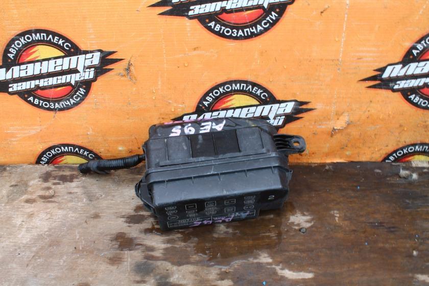 Блок предохранителей Toyota Sprinter Carib AE95G 4A-FE (б/у)