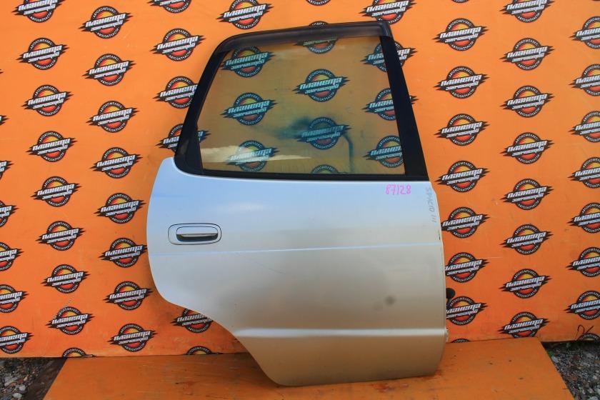 Дверь боковая Toyota Corolla Spacio AE111N задняя правая (б/у)