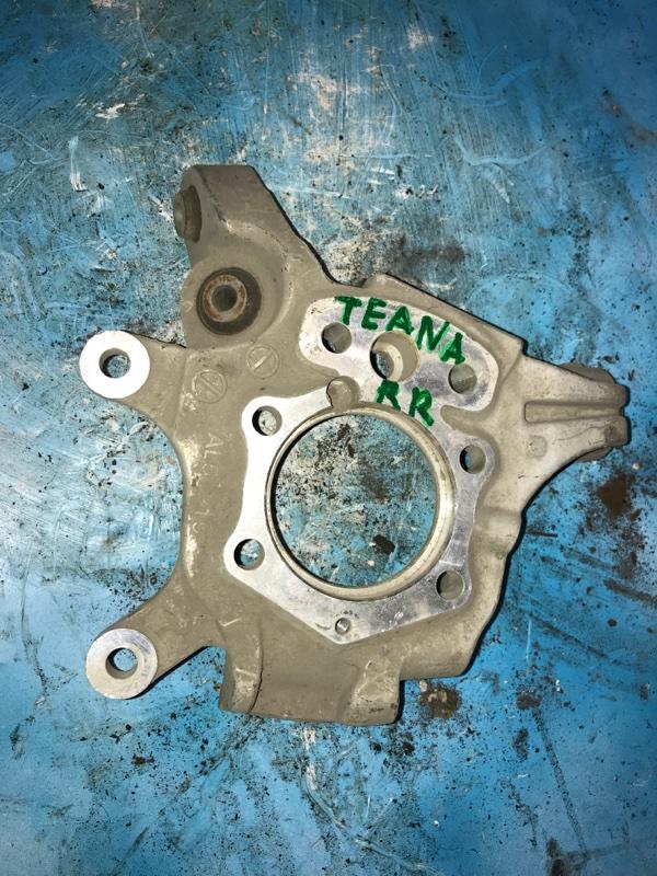 Ступица Nissan Teana J31 VQ23DE 2006 задняя правая (б/у)