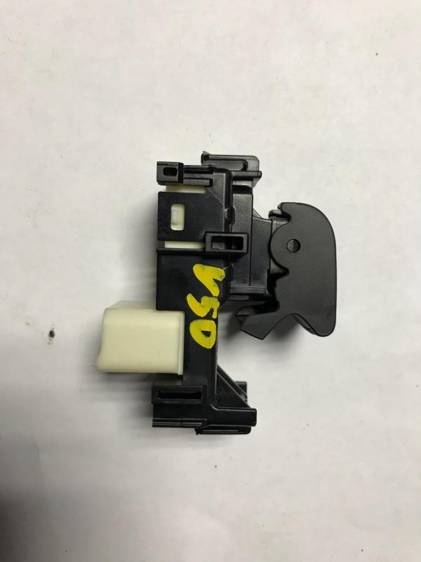 Кнопка стеклоподъемника Toyota Camry V50 2012 (б/у)
