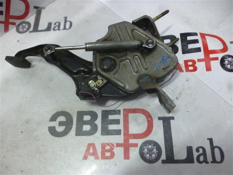 Педаль ручника Nissan Avenir W11 QG18(DE) 1999