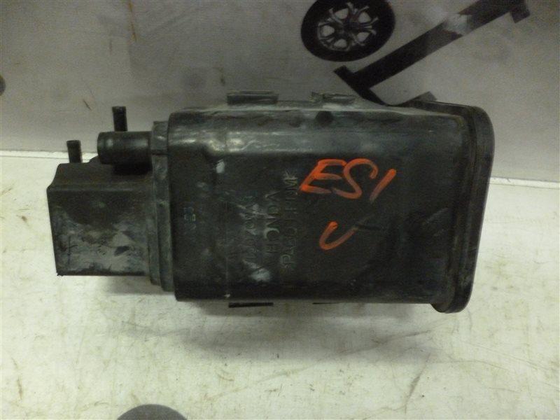 Фильтр паров топлива Honda Civic Ferio ES1 D15B 2001