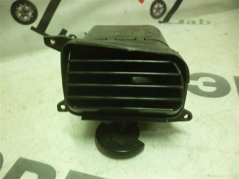 Решетка воздухозаборника Subaru Legasy B4 BE5 EJ206 2000