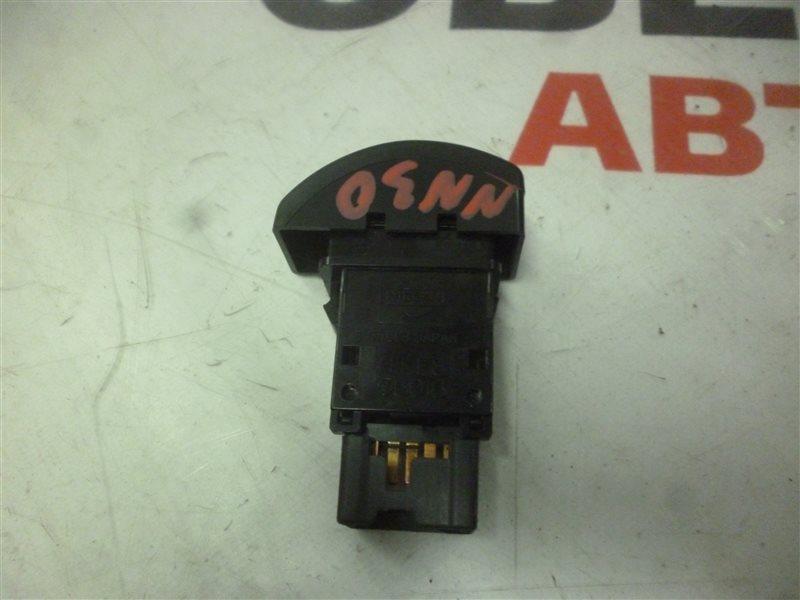 Кнопка аварийной сигнализации Nissan R'nessa NN30 SR20 (DETI) 1998