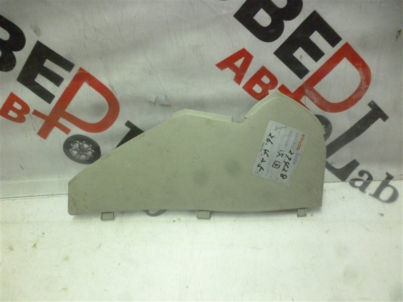 Накладка на торпеду Nissan March AK12 CR12(DE) 2003 правая