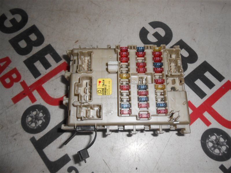 Блок предохранителей салона Nissan Sunny B15 FB15 QG15 2002