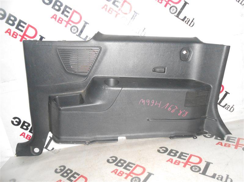 Обшивка багажника Mitsubishi Pajero Io H66W 4G93 1998 задняя правая