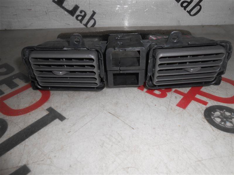 Решетка воздухозаборника Toyota Spacio AE115 7A-FE 1998