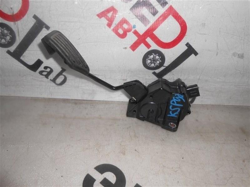 Педаль газа Toyota Vitz KSP90 1KR 2007