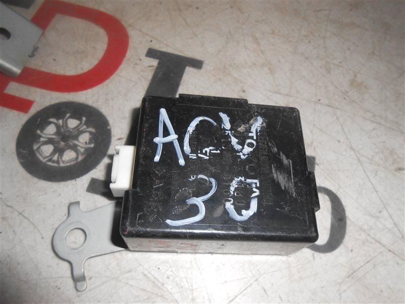 Блок управления дверьми Toyota Camry ACV30 2AZ-FE 2002