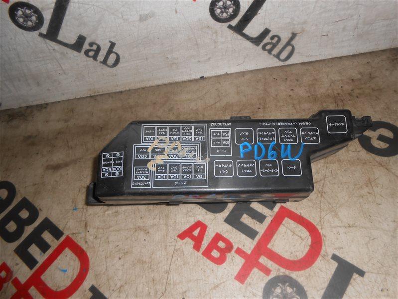 Блок предохранителей Mitsubishi Delika PD6W 6G72 2005