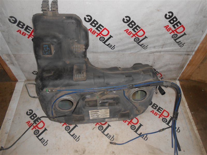 Топливный бак Bmw X5 E53 M54B30 2004
