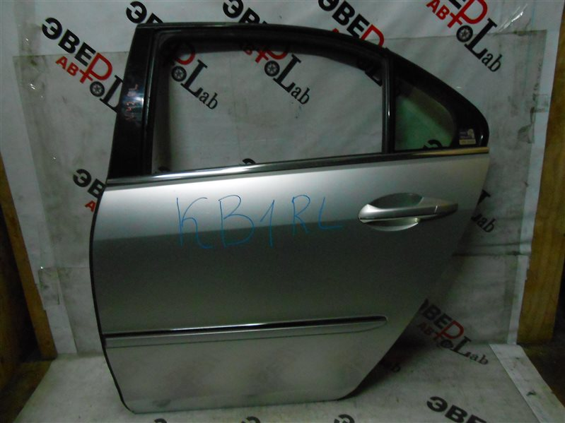 Дверь Honda Legend 2005 KB1 J35A 2005 задняя левая