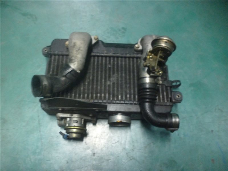 Интеркулер Subaru Legasy B4 BE5 EJ206 2002