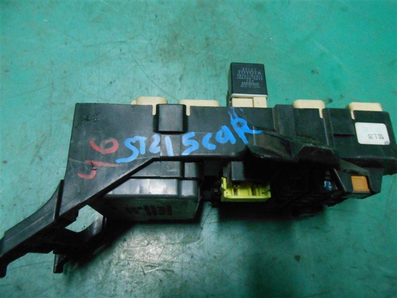 Блок предохранителей салона Toyota Carina ST215 3S-FE 2000