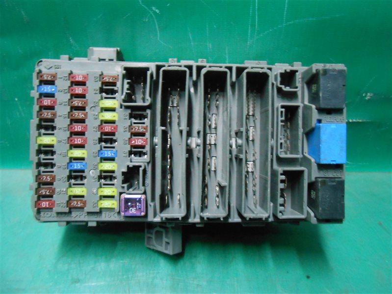 Блок предохранителей салона Honda Civic FD1 K20A 2008