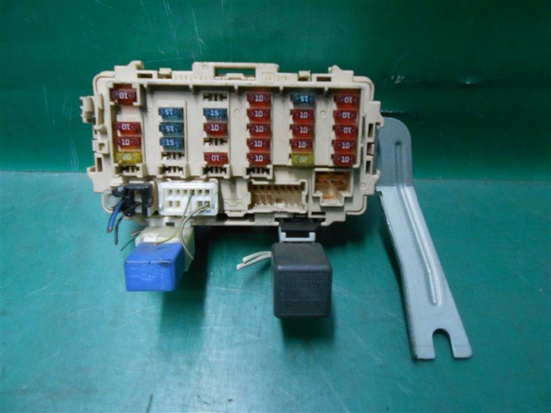 Блок предохранителей салона Nissan X-Trail NT30 QR20(DE) 2002