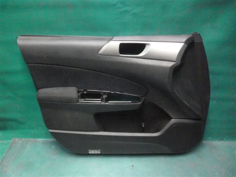 Обшивка двери Subaru Forester SH5 EJ205 2008 передняя левая