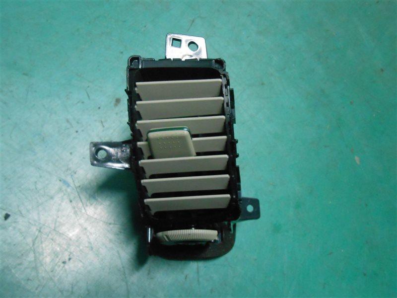 Решетка воздухозаборника Nissan Primera TP12 QR20(DE) 2002