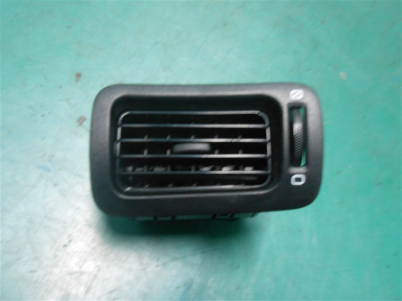Решетка воздухозаборника Subaru Legasy B4 BE5 EJ206 2002