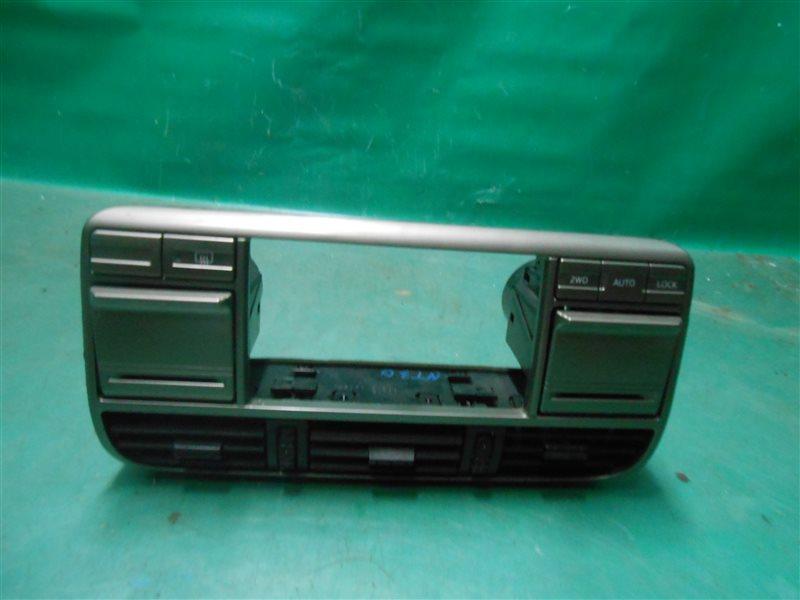 Консоль магнитофона Nissan X-Trail NT30 QR20(DE) 2002